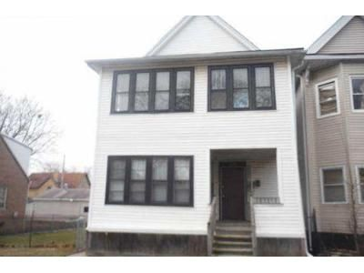 4 Bed 2 Bath Foreclosure Property in Blue Island, IL 60406 - Maple Ave