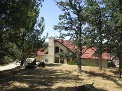 3 Bed 2 Bath Foreclosure Property in Coarsegold, CA 93614 - Running Deer Dr
