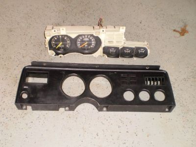 1978 Ford Mustang OEM Instrument Cluster Gauges Cobra Mustang II Mustang 2 Ghia WITH BEZEL