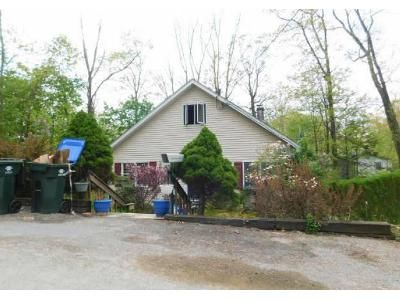 2 Bed 1 Bath Foreclosure Property in Greenwood Lake, NY 10925 - Glendale Rd