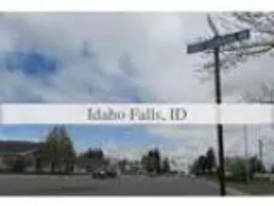 Pre-foreclosure Condominium for sale in Idaho Falls ID