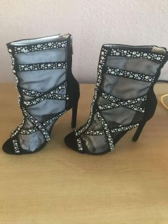 CAPE ROBBIN! NEW! EMBELLISHED SHEER BLACK ANKLE BOOTIES