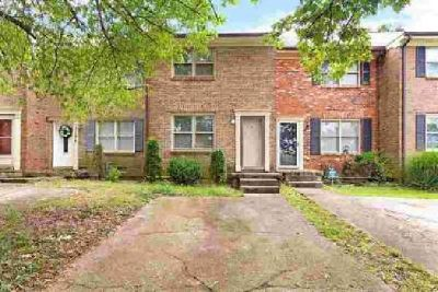 3332 Gatewood Court Lexington Two BR, Townhouse with NO