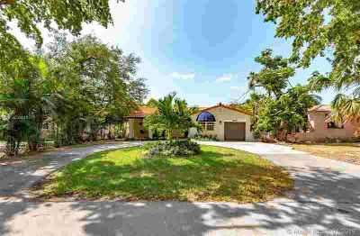 442 Cadagua Ave Coral Gables Four BR, Absolutely gorgeous home;
