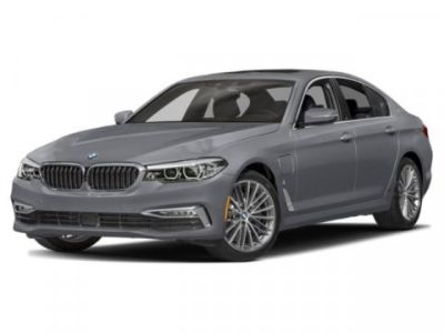 2019 BMW 5-Series 530e xDrive iPerformance (Black Sapphire Metallic)