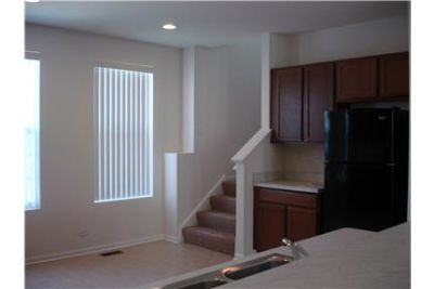 Pleasant Town House for rent