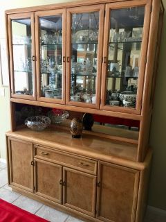 China Cabinet and Matching Dining Table w/chairs