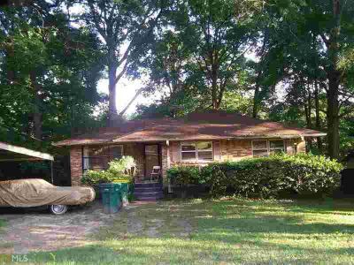 717 Shellnut Dr Forest Park Three BR, Gorgeous all brick home