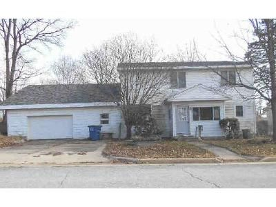 5 Bed 2 Bath Foreclosure Property in Michigan City, IN 46360 - Hoyt St