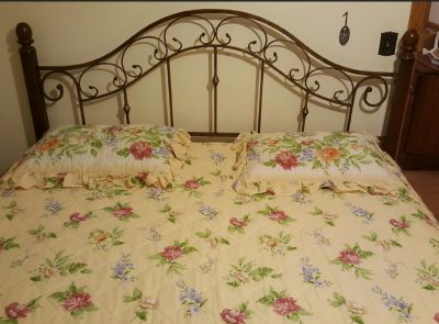 Brass/wood King Bed