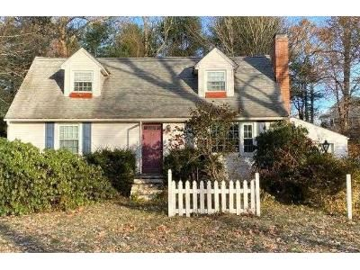 4 Bed 2 Bath Preforeclosure Property in Granby, CT 06035 - Meadowbrook Rd