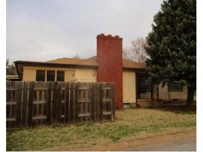 3 Bed 1.5 Bath Foreclosure Property in Salina, KS 67401 - E Jewell Ave