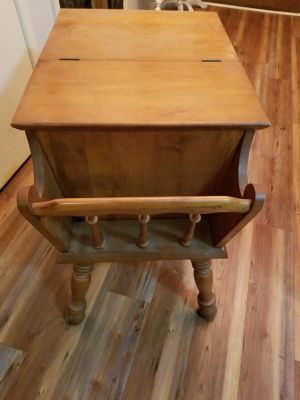 Sold wood end table or night stand