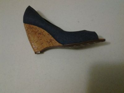 *NEW* N by Nicole Miller Blue Denim Wedge Size 9 1/2