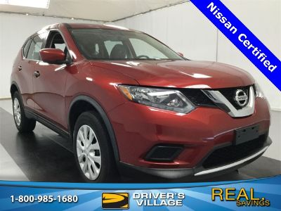2016 Nissan Rogue (cayenne red)