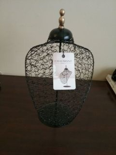 Black Chaumont Abstract Necklase Stand