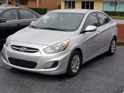 2016 Hyundai Accent SE (Silver Or Aluminum)