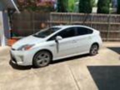 2015 Toyota Prius Persona Toyota Prius 2015 well maintained