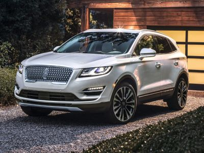 2019 Lincoln MKC Base (Infinite Black Metallic)