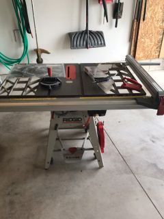 Rigid 10 table saw