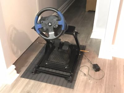 Thrustmaster T150 Racing Wheel and GT Omega Stand