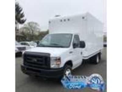 $33971.00 2019 FORD E-350 with 19427 miles!