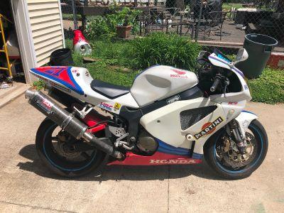 2001 Honda RC 51