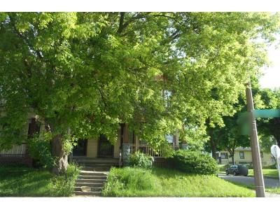Preforeclosure Property in Milwaukee, WI 53206 - - 1502 W Burleigh St