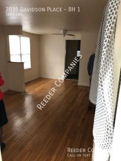 3 Bedroom / 1 Bathroom Apartment in Whiting near Calumet College of St. Joseph