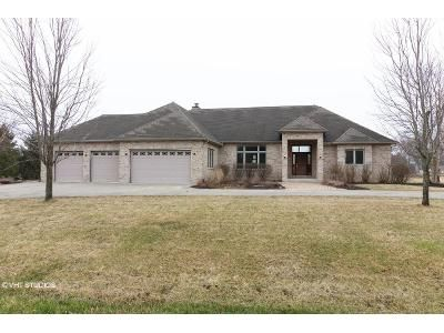 4 Bed 3 Bath Foreclosure Property in Lockport, IL 60491 - Chicory Trl