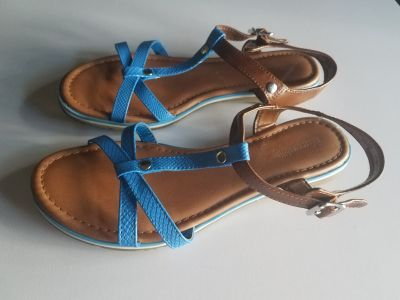 Shoes for women size 8M