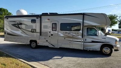 2015 Coachmen Leprechaun 320BH (Ford)