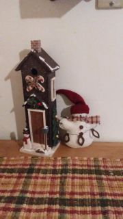 Wood snowman house and stuffed oranment Christmas decor excellent condition