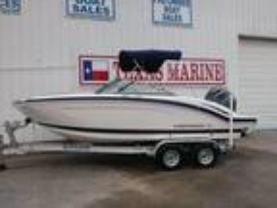 Chaparral 210 Suncoast 21-, Yamaha 150hp, w/Trailer SAVE 1000-s
