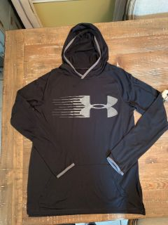 Size small light weight hoodie