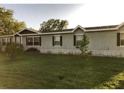 4 Bed 2 Bath Foreclosure Property in Byars, OK 74831 - S 2nd St