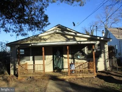 2 Bed 1 Bath Foreclosure Property in Cobb Island, MD 20625 - Wicomico River Dr