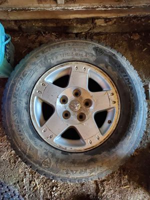 17 Inch 5 bolt dodge rim and tire