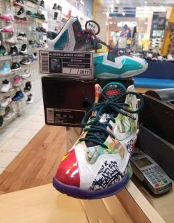 Nike Lebron 11 What The Size 10