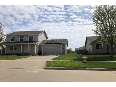 3 Bed 3 Bath Preforeclosure Property in Waukee, IA 50263 - SE Bobwhite Ln