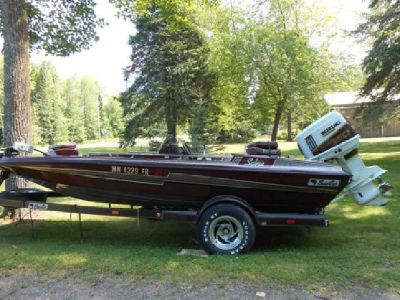 1992 Bass cat SABRE SUZUKI 150 hp