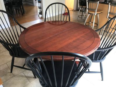 ETHAN ALLEN TABLE W/4 CHAIRS