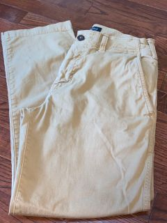 American Eagle 28/28 khaki pants
