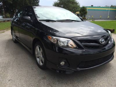 ** 2011 TOYOTA COROLLA S ONLY 59K MILES **