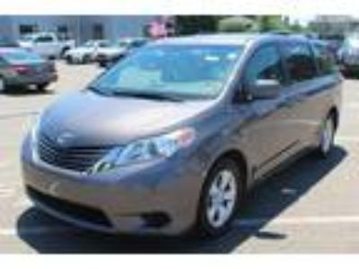 $20988.00 2016 TOYOTA Sienna with 26255 miles!