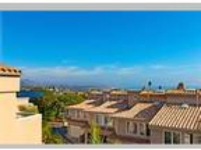 Updated Townhome with Coastline Views, Dana Point, CA