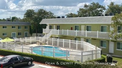 Affordable 1 BR Two Blocks from the Water - Clearwater