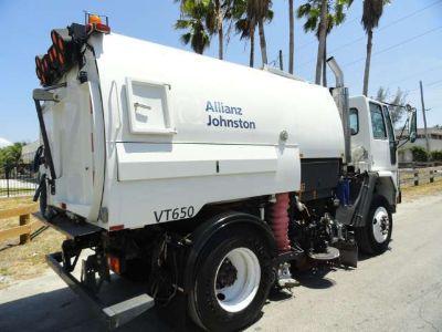 2007 Freightliner FC80 Johnston VT650 Street Sweeper