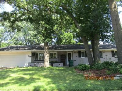 4 Bed 2.5 Bath Preforeclosure Property in Minneapolis, MN 55429 - France Ave N