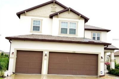 Well maintained 3 bed, 2 bath home.